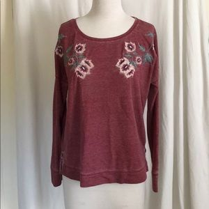 Lucky Brand pink sweater w/ flower applique sz M
